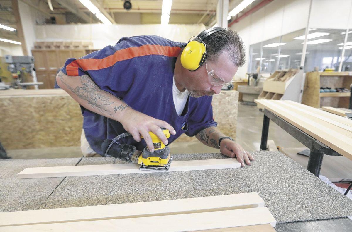 Michigan Inmates Get Job Training in Vocational Village | Humane